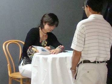 織作峰子さんの写真展は、福岡 今日はシティマラソン福岡応援と織作峰子さん